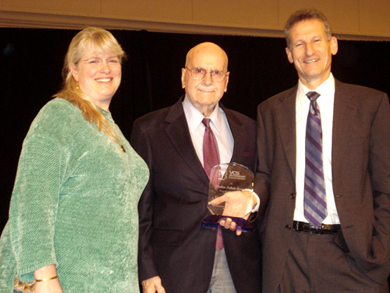 Dr. Ted Valli (center) received the Theilen Tribute Award at the 2015 Annual Conference.